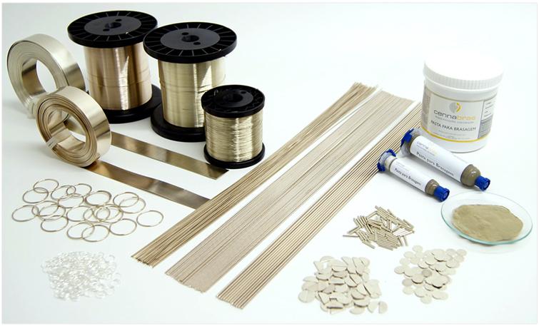 Cennabras cadmium bearing silver brazing alloys